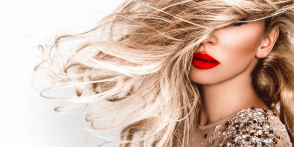 Biondo brillante a casa? Scopri Blonde Recharge di Wella Professionals